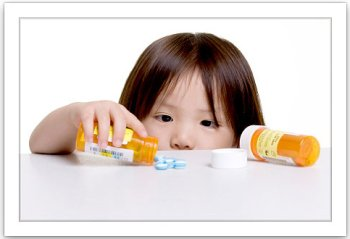 How to administer first aid for child poisoning